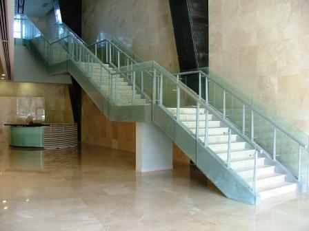 גרם מדרגות בית מבקר המדינה, תל אביב תמונה מספר 2