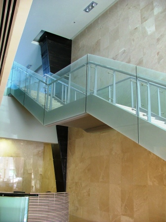 גרם מדרגות בית מבקר המדינה, תל אביב תמונה מספר 4