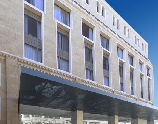 מבואת הכניסה למלון אלרוב ממילא ירושלים  תמונה מספר 1