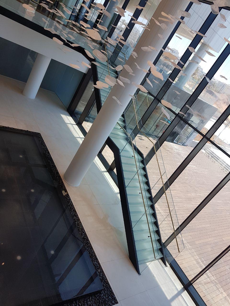 גרם מדרגות וגשר, מלון לגון, נתניה תמונה מספר 5